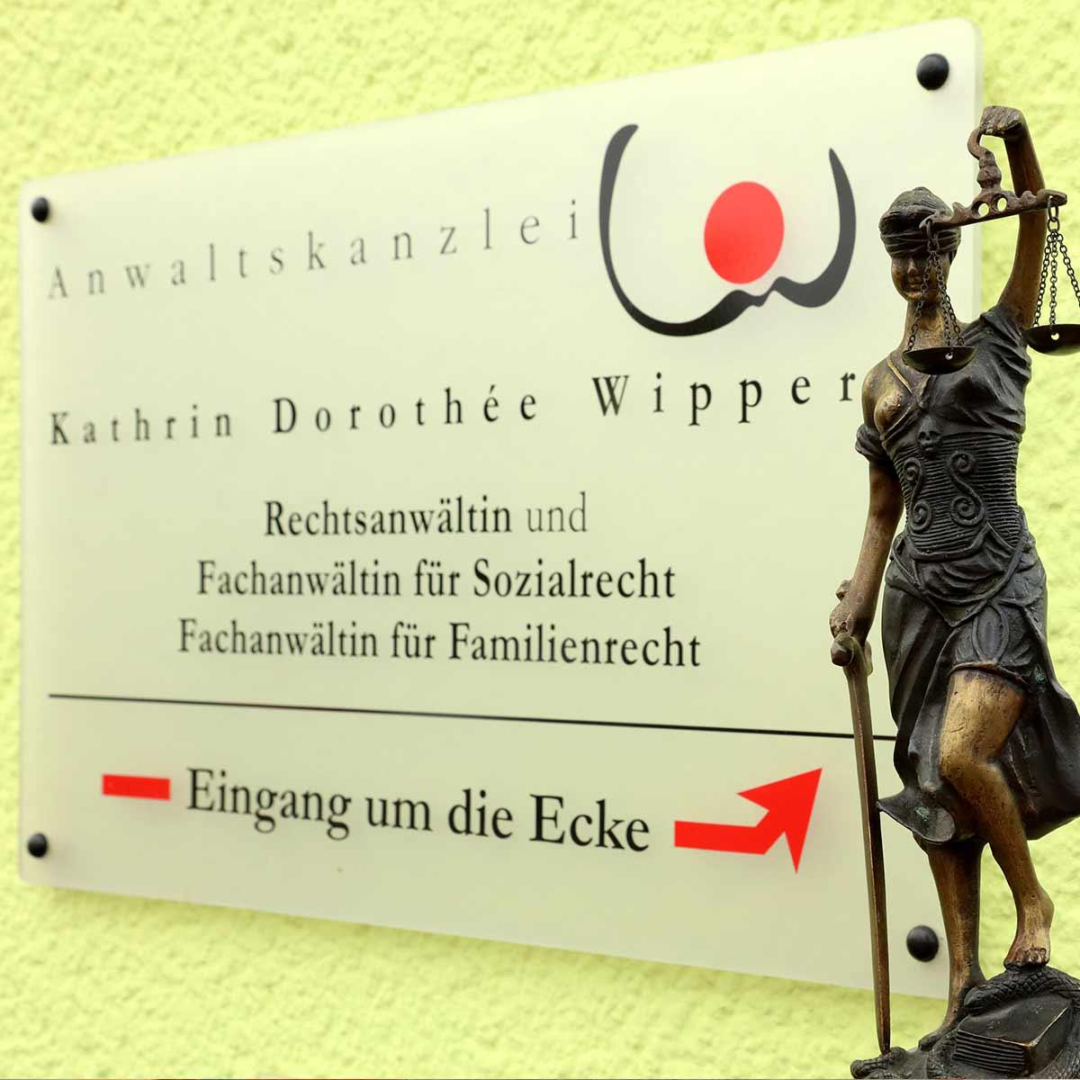 Anwältin Kathrin Dorothée Wipper, Büdingen